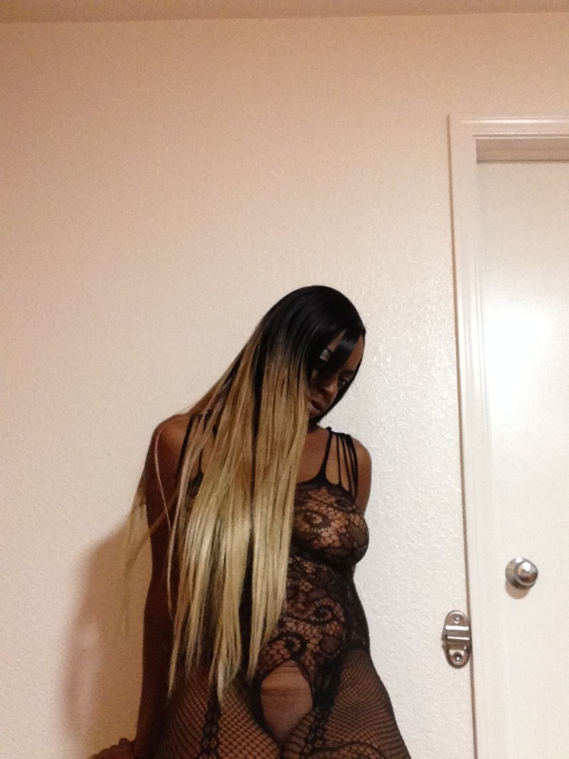 Read full profile of WetnWildRayne at FindMyEscort