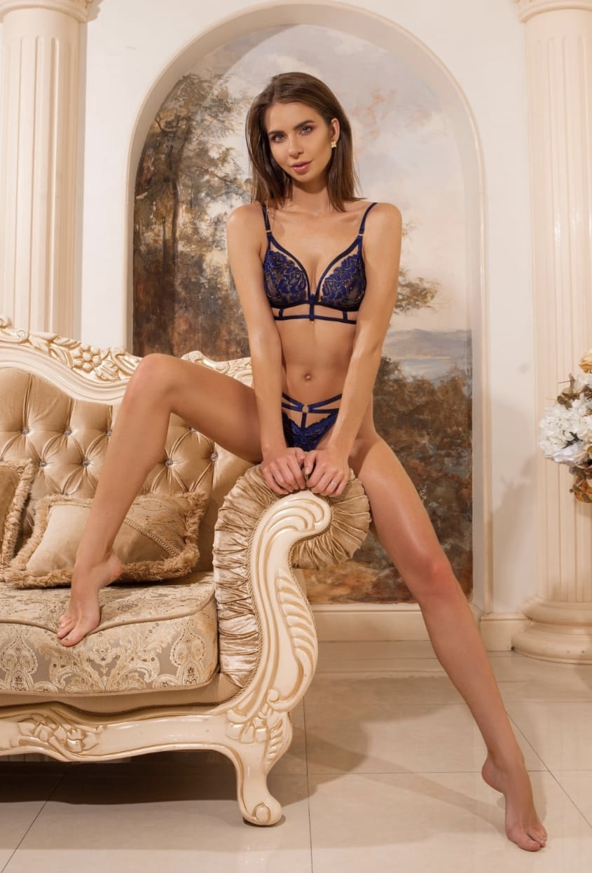 Alisa REAL GFE profile at FindMyEscort
