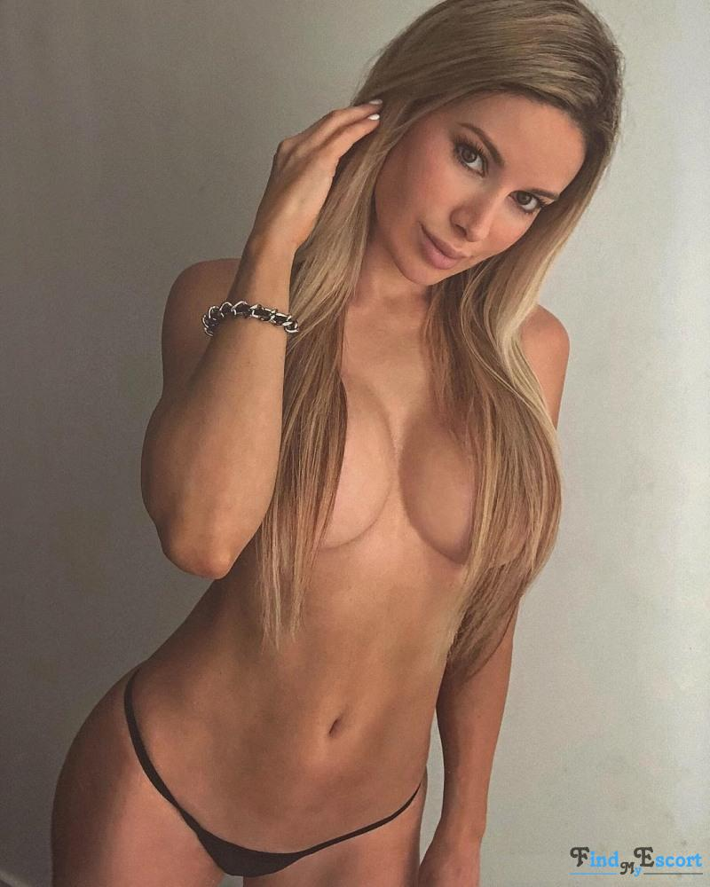Shantel escort at FindMyEscort