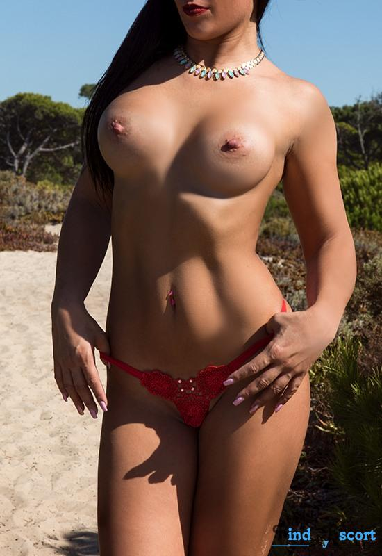 Jessica Batalha escort at FindMyEscort