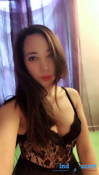 Alice escort at FindMyEscort