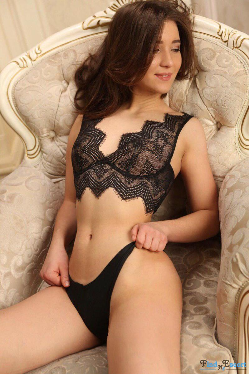 AlisaVip photo album at FindMyEscort