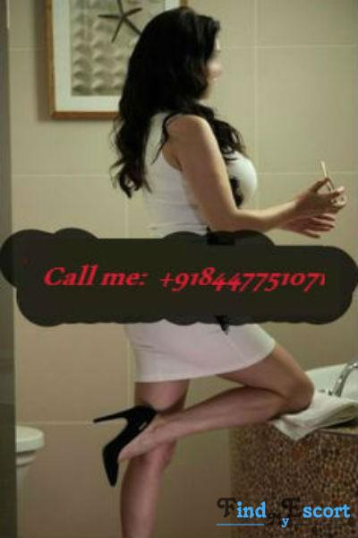 Swati Ghosh escort at FindMyEscort