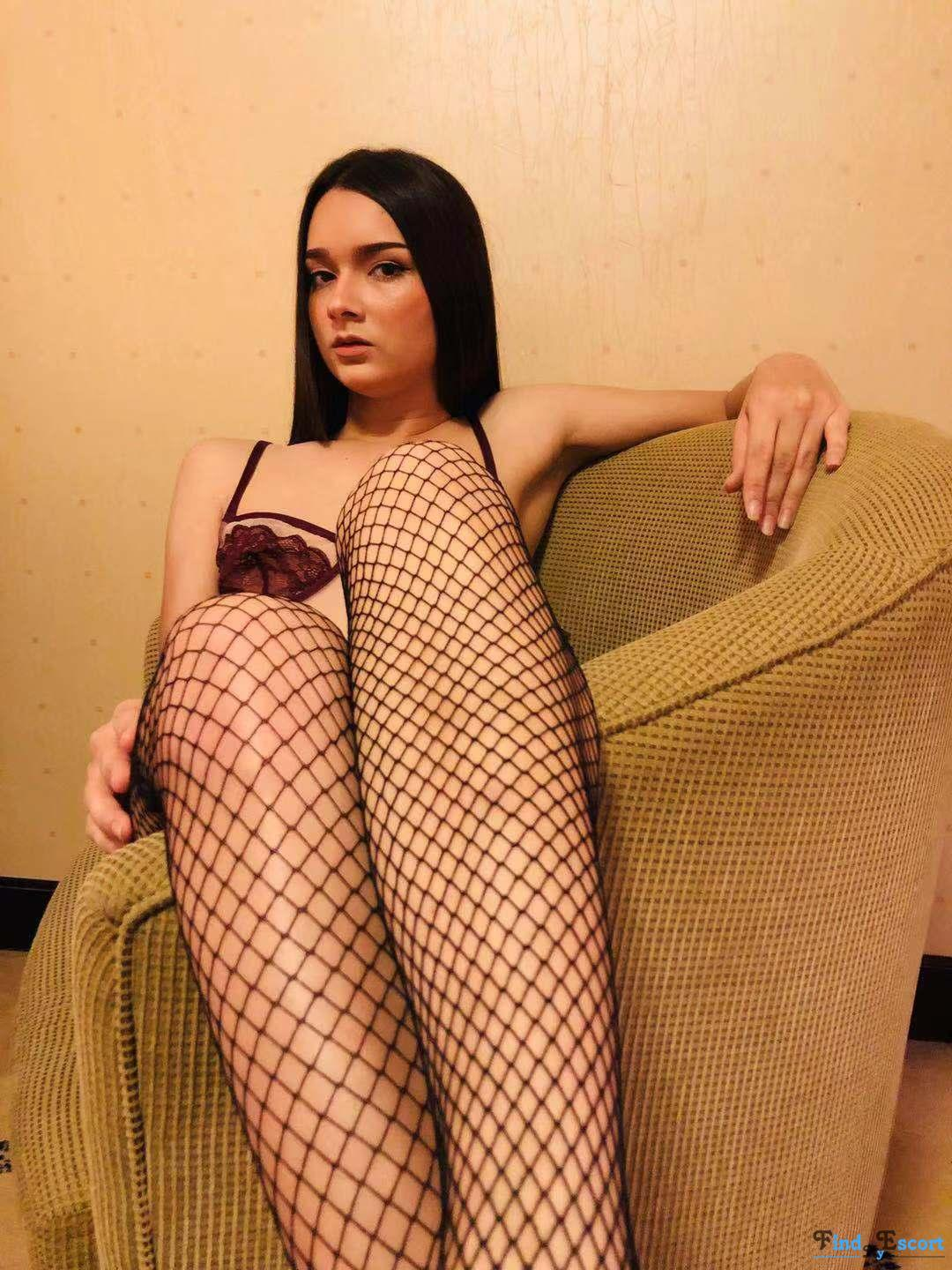 Jessy Hot and Sizzling!!! photo album at FindMyEscort